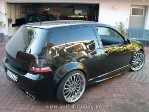Gast schwarzer Golf 4 fett getuned 3