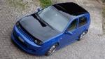 Schwarz blauer Golf 4 von elToro